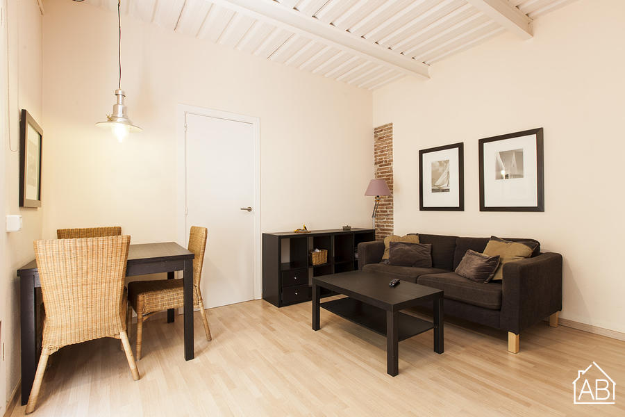 Barceloneta Beach Gine i Partagas - Modern loft apartment, just minutes from the beach - AB Apartment Barcelona
