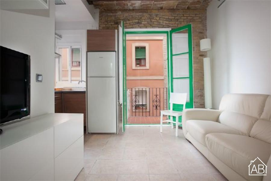 AB Mar Beach Apartment - Charming and Bright Apartment just one block from the Marina - AB Apartment Barcelona